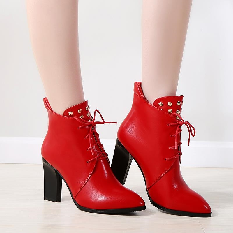 37.23$  Buy here - https://alitems.com/g/1e8d114494b01f4c715516525dc3e8/?i=5&ulp=https%3A%2F%2Fwww.aliexpress.com%2Fitem%2F2015-Winter-Autumn-New-Rivets-Cross-Straps-Fashion-Ankle-boots-Women-Pointed-Toe-Comfor-Boots-Fashion%2F32499911761.html - 2015 Winter Autumn New Rivets Cross Straps Fashion Ankle boots Women Pointed Toe Comfor Boots Fashion Ankle Shoes Size 34-44R637