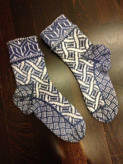 Ravelry Basic Pattern For Stranded Knit Socks Pattern By Joyce