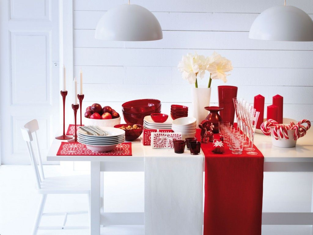 Red and white christmas decorations - Red White Christmas Table Decorating