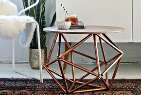 DIY side table with Himmeliinspired copper base is part of Home Accessories Styling Side Tables - The cool side table is created by designer and blogger Brittany Cramer of brittanyMakes, using simpl