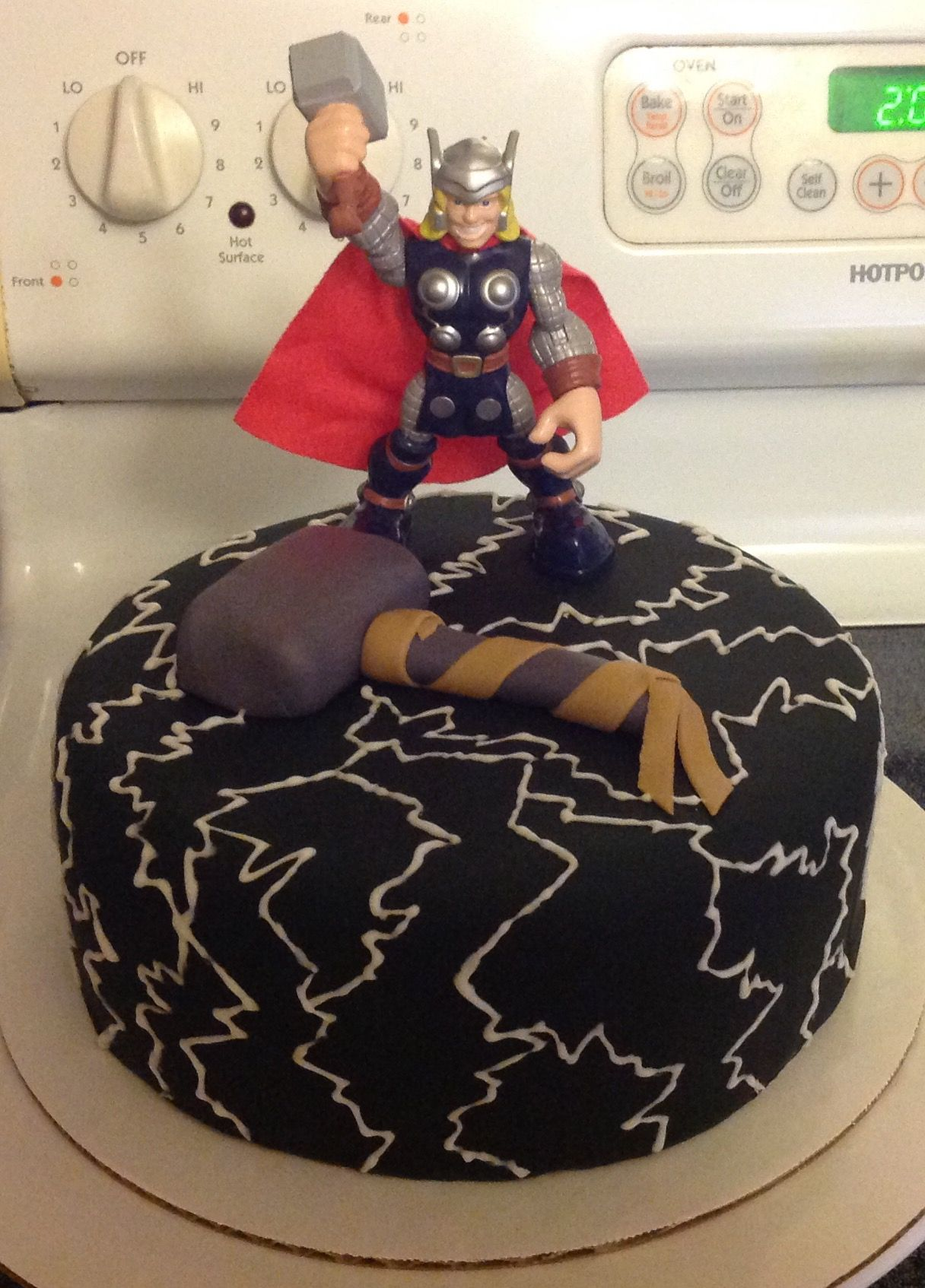 Thor Cake Our Cakes Cake Pops Pinterest Thor Cake Cake And
