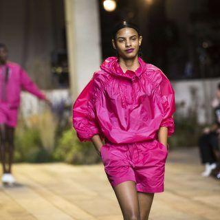 La joie, la vie en rose et la diversité lors du défilé  printemps-été 2017 de H&M.