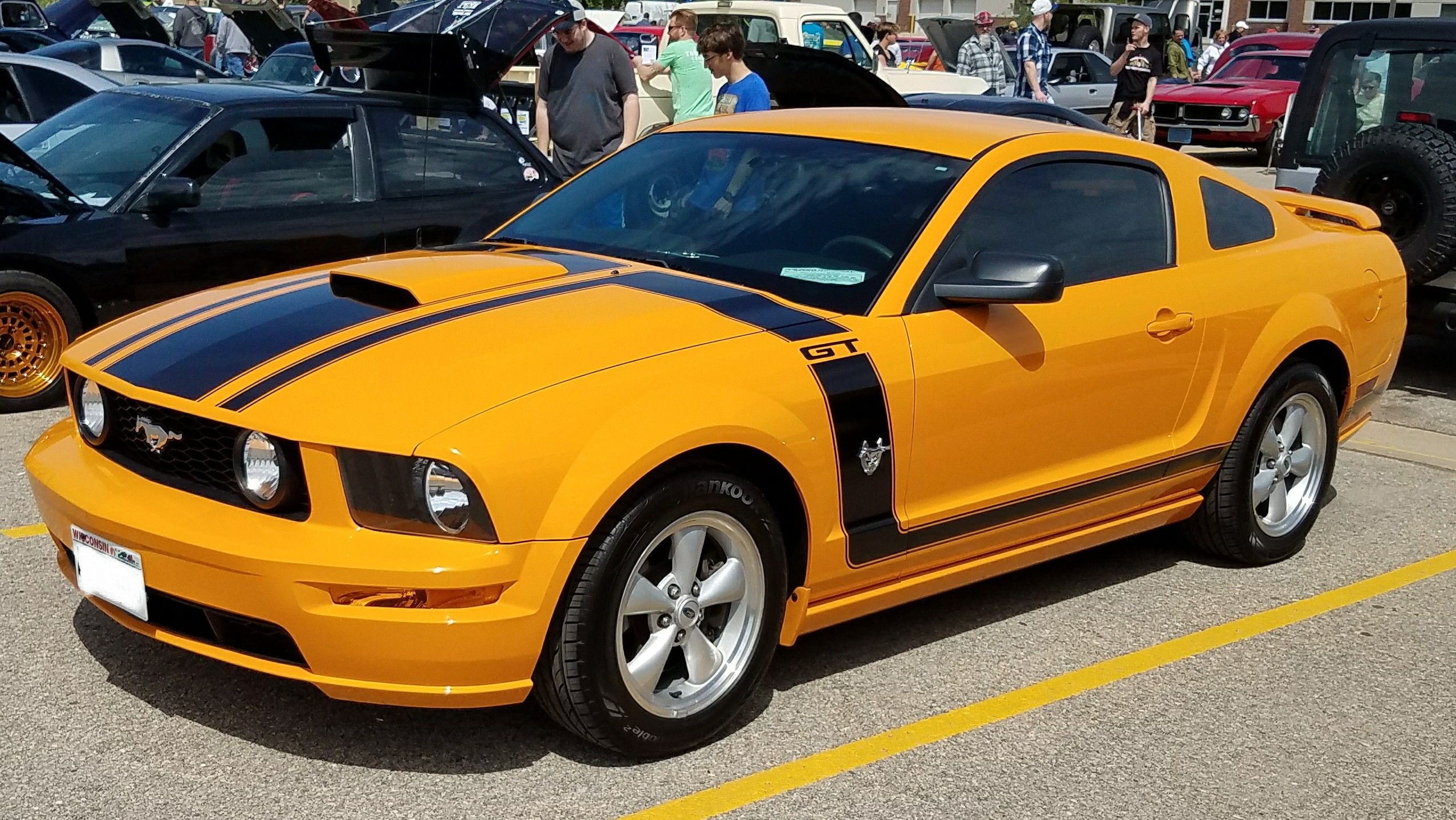 2009 boss 302 tribute grabber orange ford mustang mustang cars