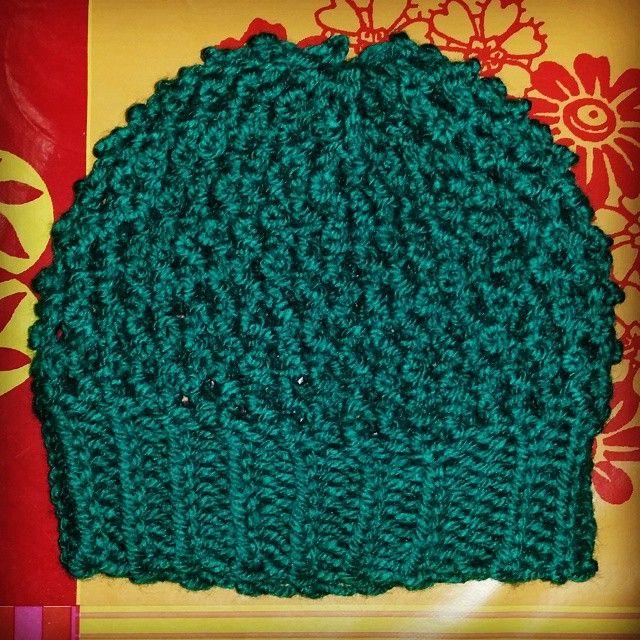 Gorro popcorn stitch tejido en telar por Ana | Popcorn Stitch Hat ...