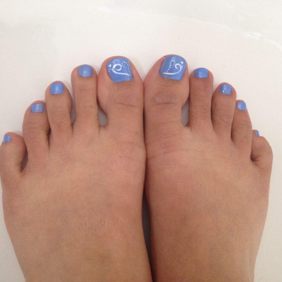 Swirly Summer Blue Toe Nail Design Blue Toe Nails Toe Nail