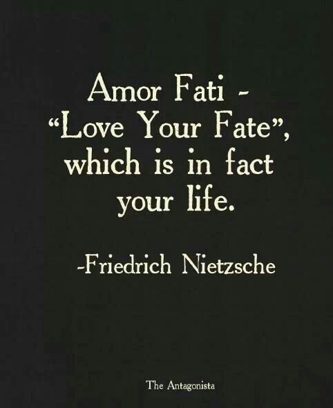 Citation Nietzsche Amour : Love all the gory glorious mess of it. motivation & inspiration