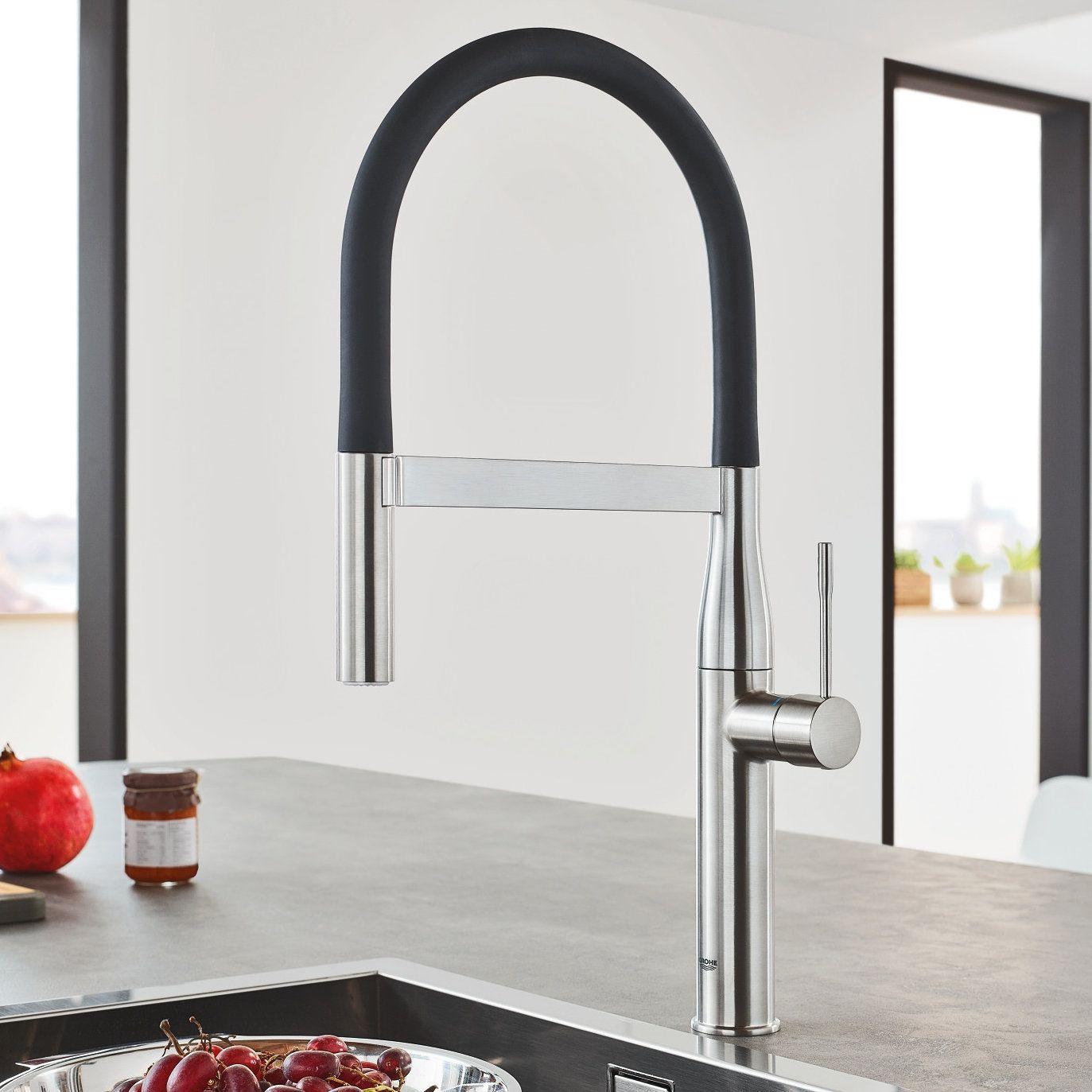 GROHE Essence Semi Pro Kitchen Faucet