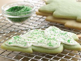 Christmas Cookie Pops Recipe from Betty Crocker