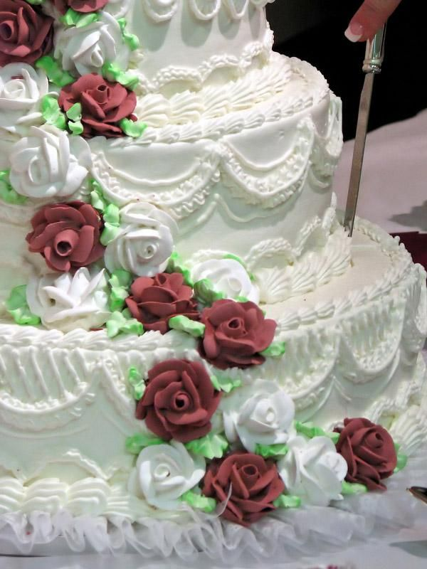 Ercream Icing Wedding Cake Multiple Designs In One Having A Does