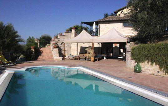 Italien - Marken - Montepandrone - Casa Monte - pool vor dem haus