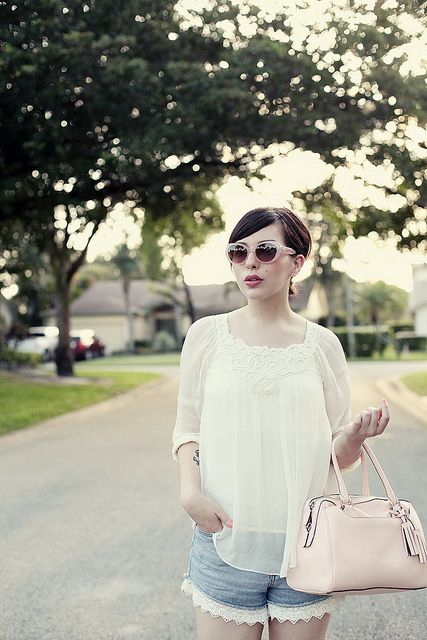 White swing top, denim shorts with lace detail. floridaheat1 by keikolynnsogreat, via Flickr