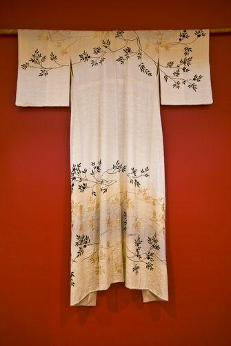 Kimono Wall Hanging 1271992 An Ornamental Japanese Kimono Hanging As A Wall Display Simple Gallery Wall Display Kimono Japanese Kimono