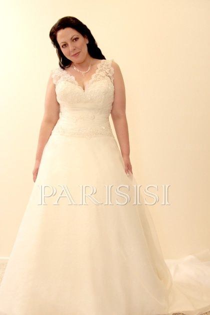 Plus Size Wedding Dress Size 18   28 White Or Ivory Price USD $170    PARISISI ONLINE DISCOUNT SHOP