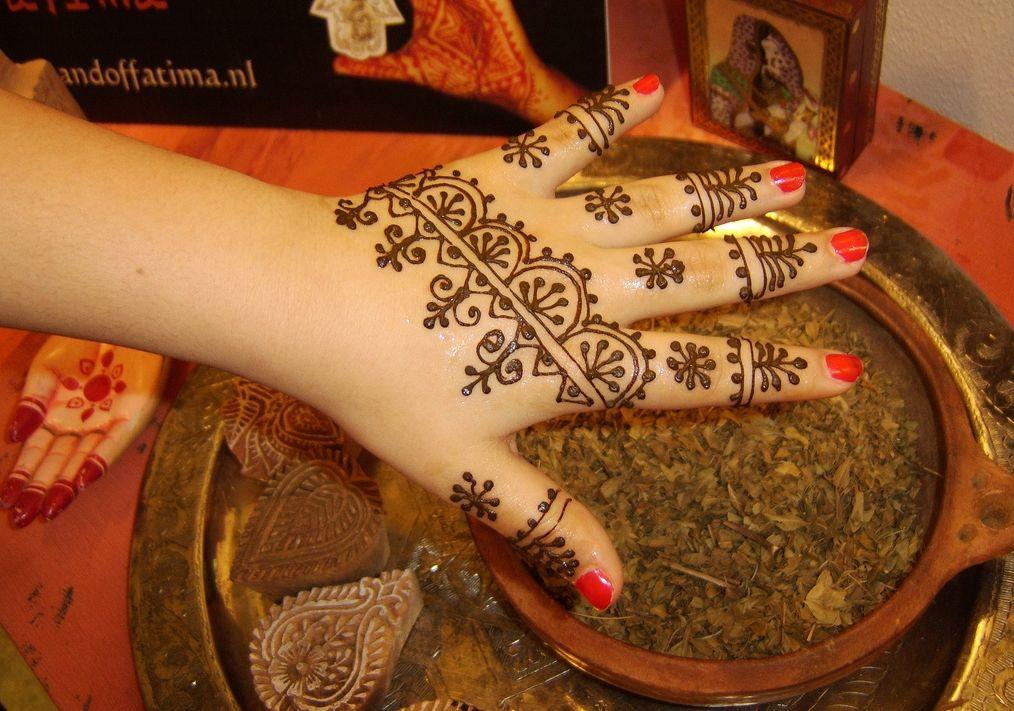Henna Mehndi Nail Art : Henna arts art hennas and ideas