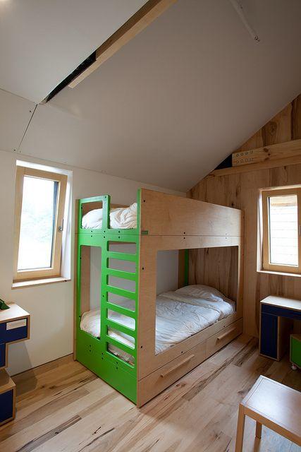 Middlebury College's   children bed