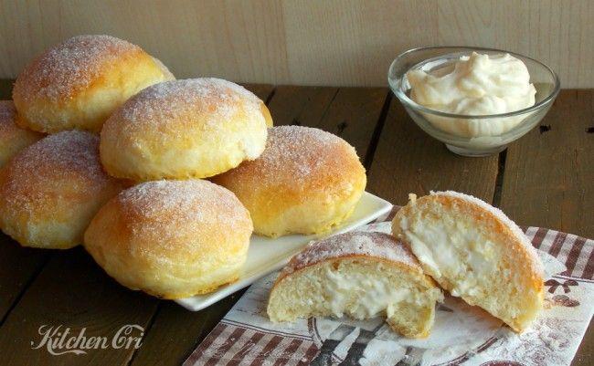 Krapfen al forno con diplomatica, niente da invidiare a quelli fritti, anzi leggerissimi perfetti per colazione o merenda