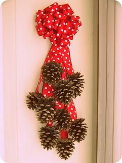 Crazy for Crafts: Pine Cone Wall Hanging..Click on it and it tells ...
