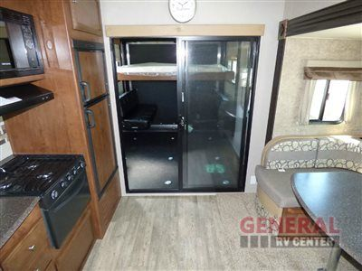 New 2017 Coachmen RV Freedom Express Blast 301BLDS Toy Hauler Travel Trailer at General RV | Mt Clemens, MI | #140820