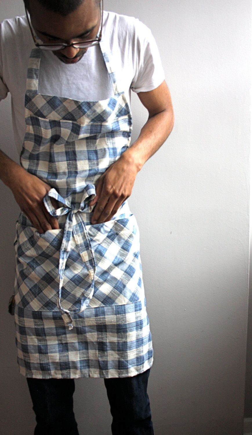 Mens apron, blue checkered, large apron, grilling apron, chefs apron.
