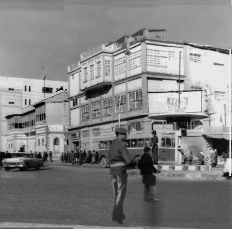 سينما الفردوس او الملك غازي نهاية الستينات باب الطوب في الموصل Baghdad Street View Scenes