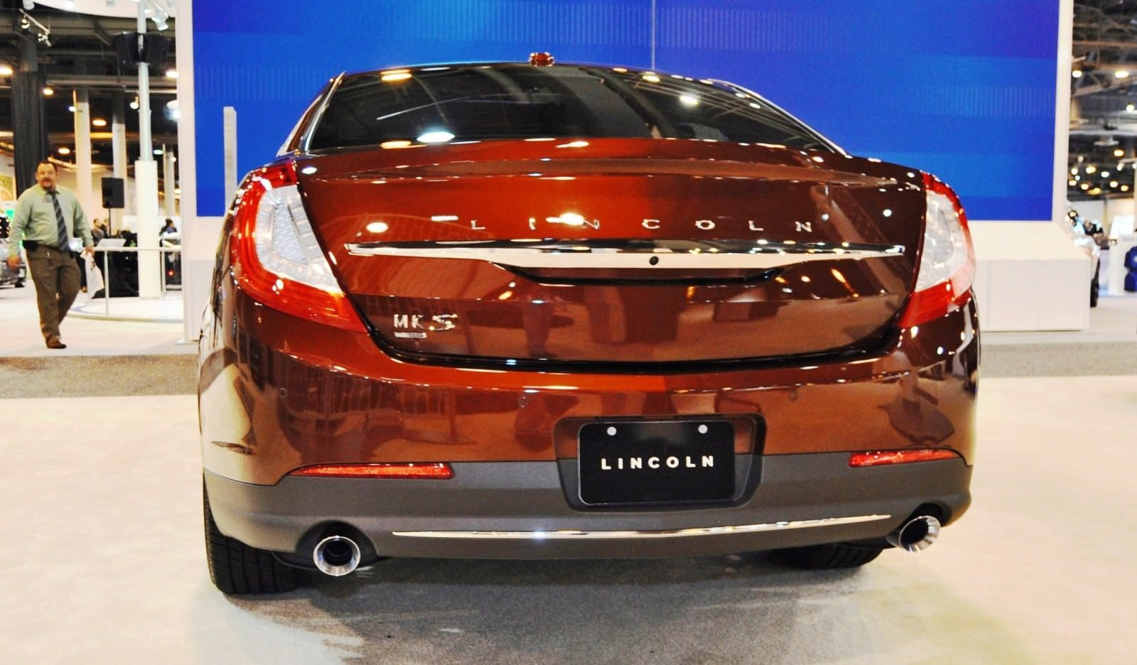 2015 lincoln mks rear view red 12 royage lincoln mks rh in pinterest com