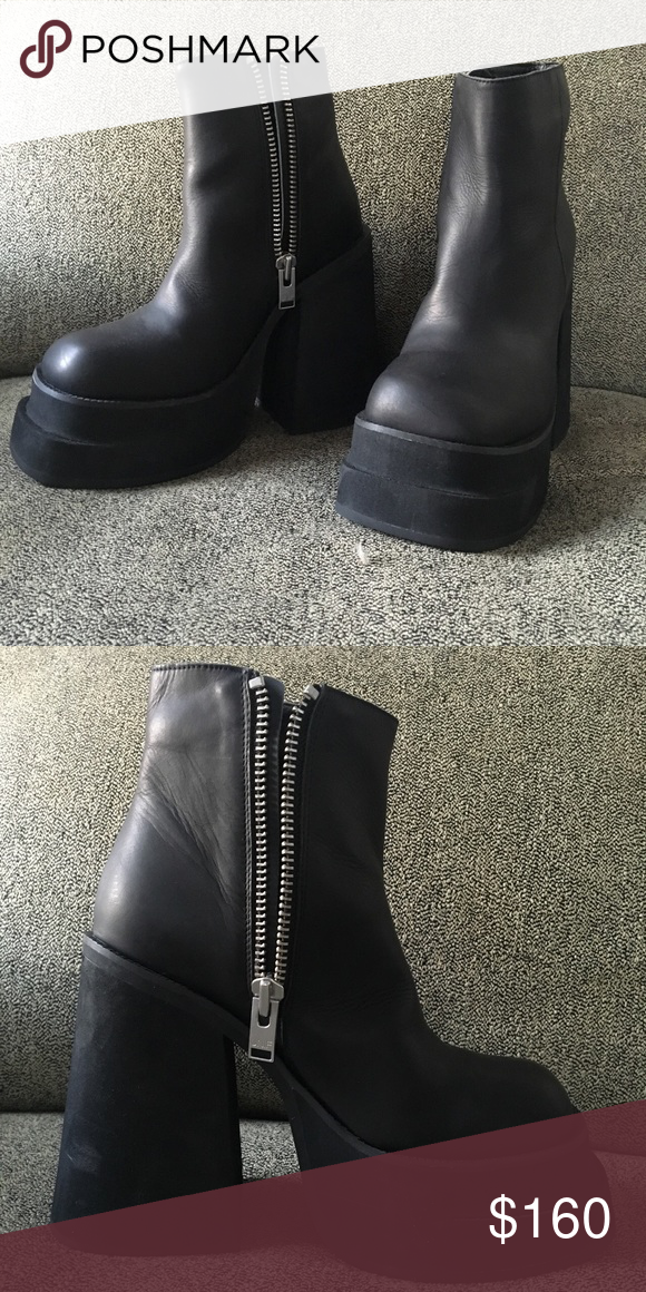 c70b2d198313 UNIF Brat Platform Boot UNIF Brat platform boot. Work once. Excellent  condition. UNIF Shoes
