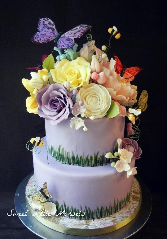 5 beautiful garden themed cakes on craftsy garden cakes for Garden theme cake designs
