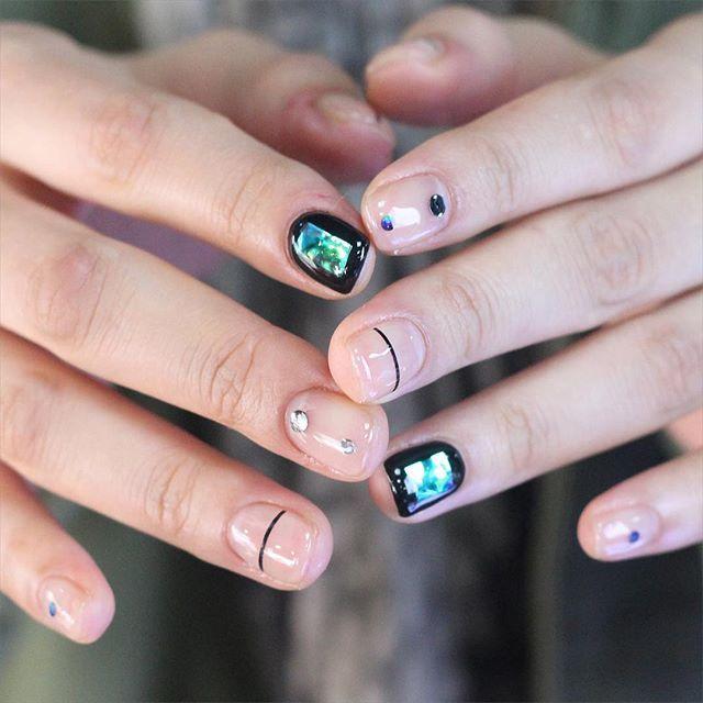 Shattered Glass Nails, unistella_by_ek_lab