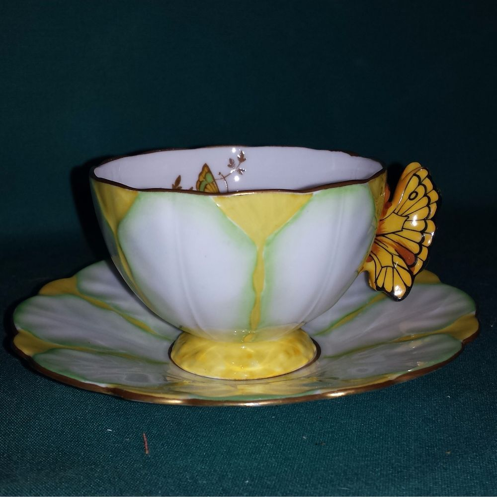 Royal albert bone china tea cup amp saucer winsome pattern ebay - Rare Aynsley Butterfly Handle Cup And Saucer Ebay