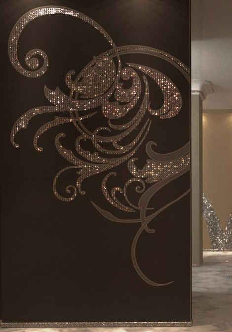 Make designs on the walls with swarovski's