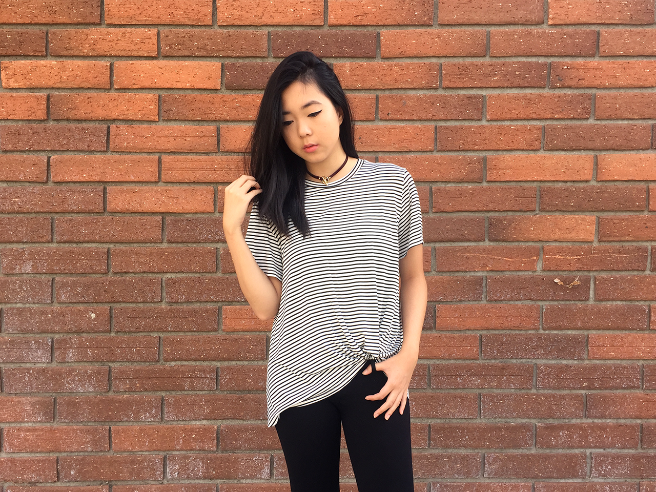 A+classic+stripe+tee+with+knot+detail,+super+soft+and+loose+fitted.+    Original:+$30.00    (In+photo:+Size+M+for+a+more+loose+fit+look.)    96%+Rayon  4%+Spandex    MADE+IN+USA