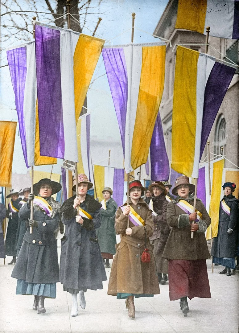 Colorized Photos From Early Suffrage Marches Bring Women S History To Life Women In History Women Suffragette Suffrage [ 1080 x 775 Pixel ]