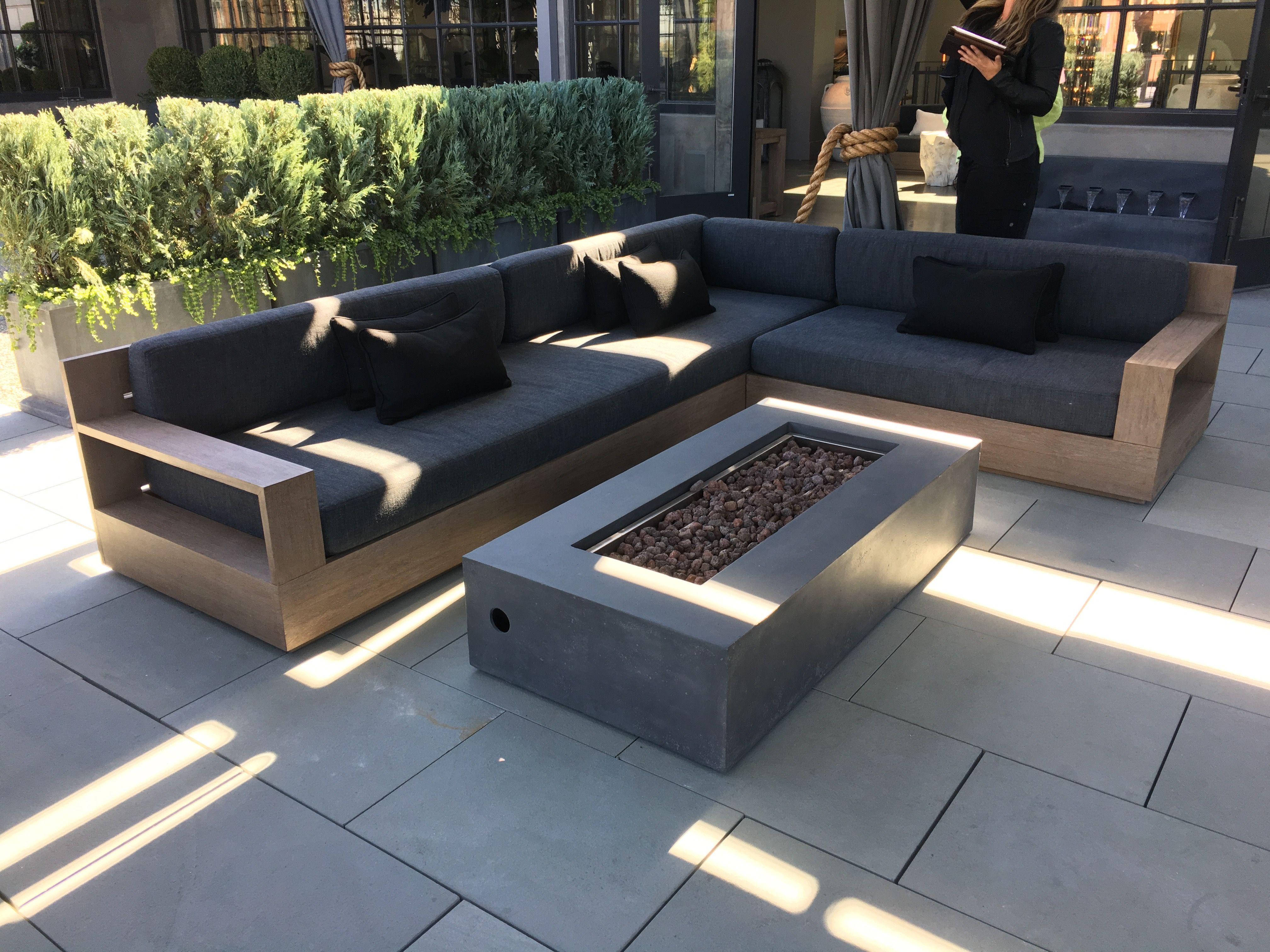 pin von elliot hasse auf patio furniture pinterest terassen hof und terrasse. Black Bedroom Furniture Sets. Home Design Ideas