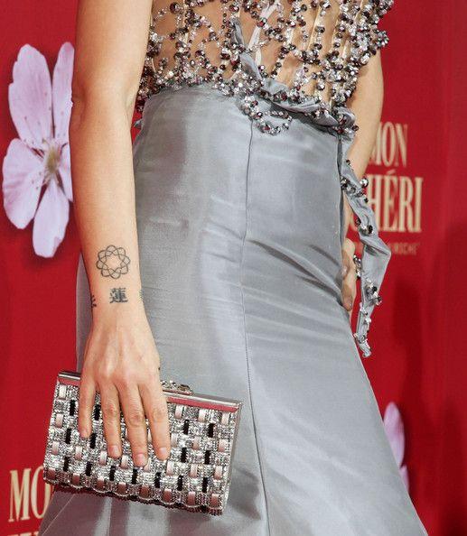 Naike Rivelli Artistic Design Tattoo