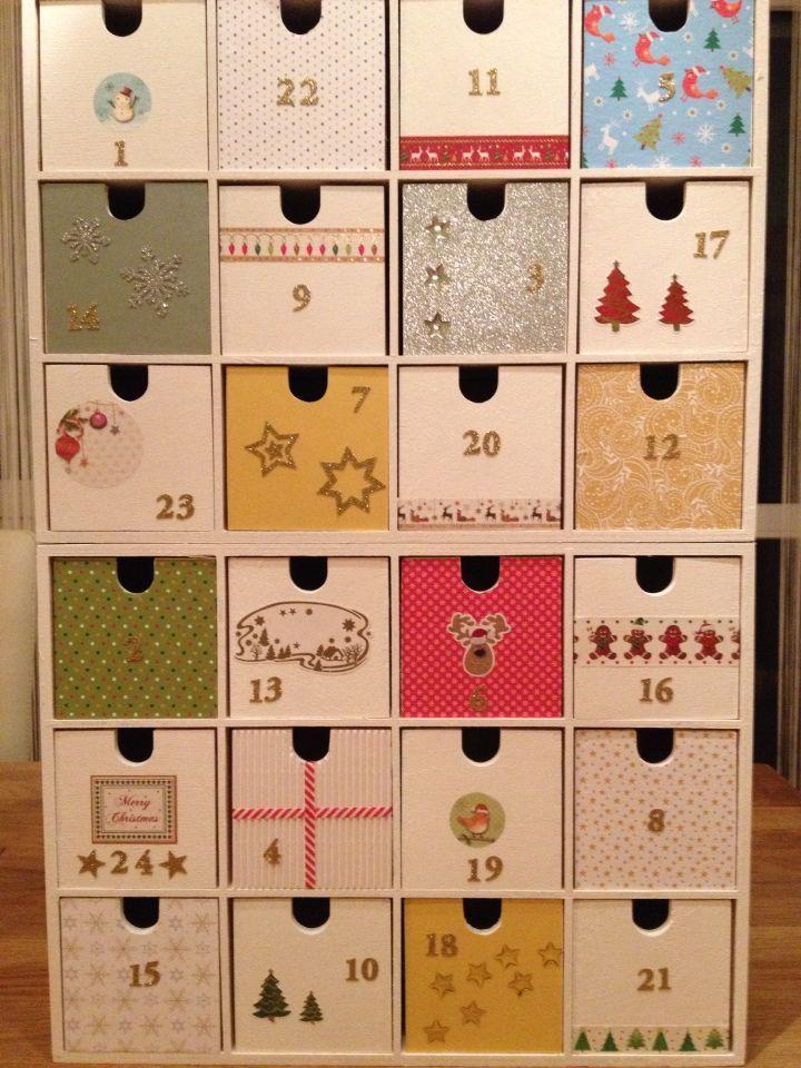 2x12er Moppe von Ikea bemalt und beklebt. Unser Adventskalender für die nächst #adventskalenderbasteln