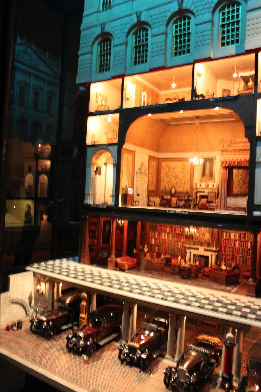 Queen Mary S Dolls House Queen Mary S Dolls House Apparently