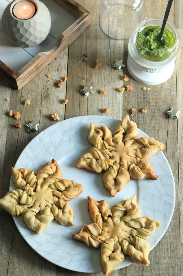 Mini Etoiles Festives Au Pesto Et Aux Noix Saints