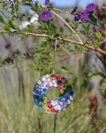 Suncatcher Craft | ThirdGradeTroop com | Cd crafts, Old cds, Old cd