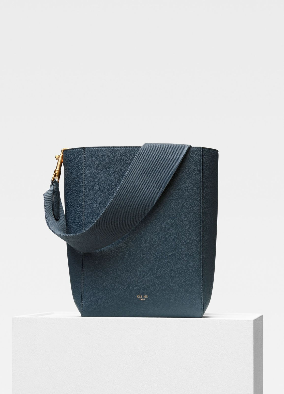 dd2c0c168f76 Sangle Small Bucket bag in soft grained calfskin