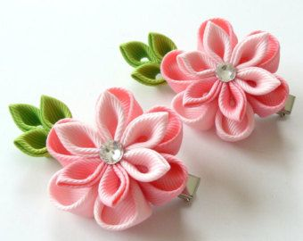 Kanzashi Fabric Flowers. Set of 2 hair clips. Pink by JuLVa
