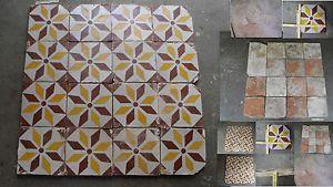 Antiche piastrelle mattonelle maioliche riggiole cotto terracotta