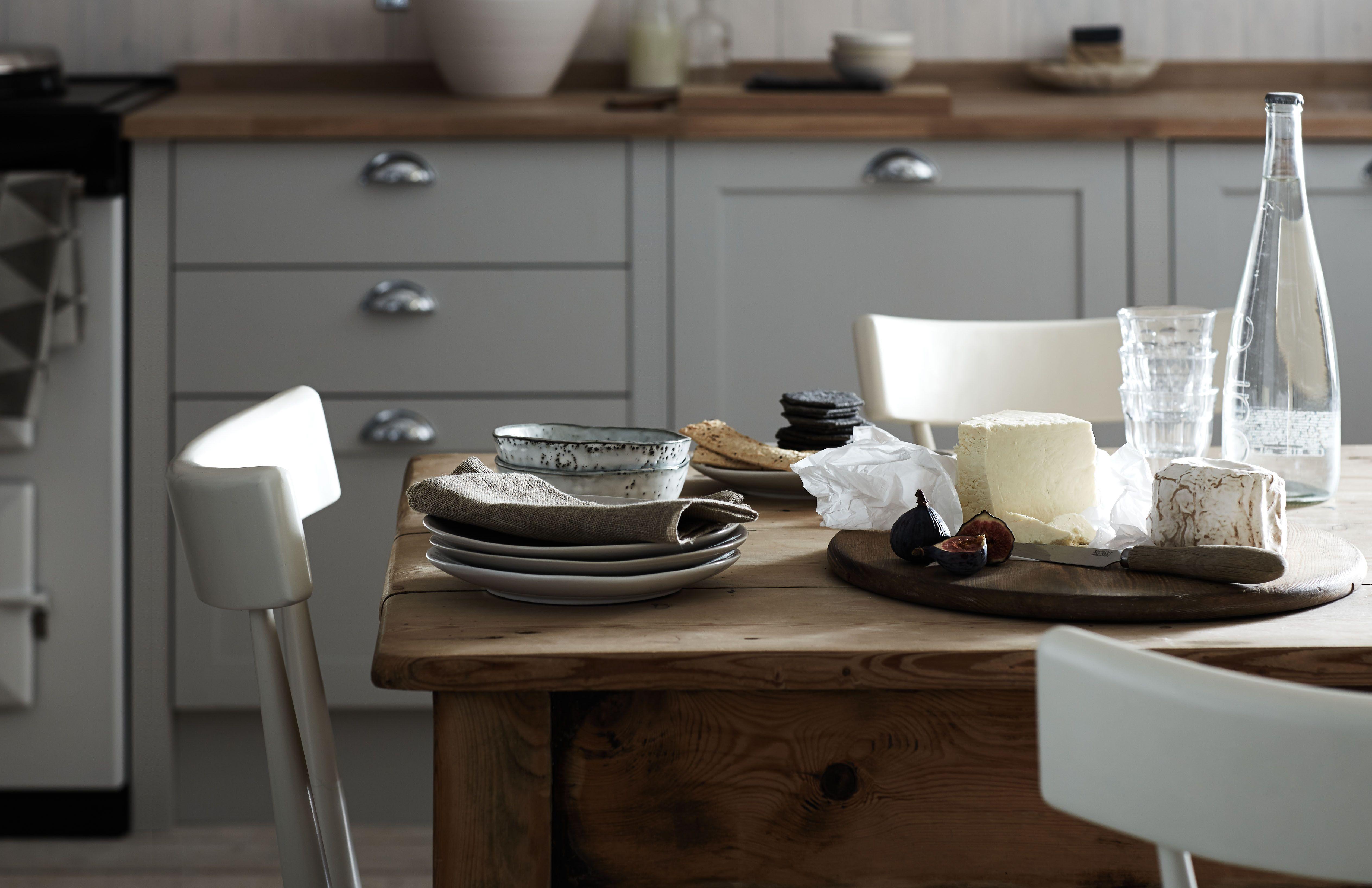 Best Kitchens Everyone S In The Kitchen Kitchen Cabinet 400 x 300
