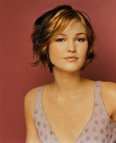 Julia Stiles Short Hair : julia, stiles, short, Style