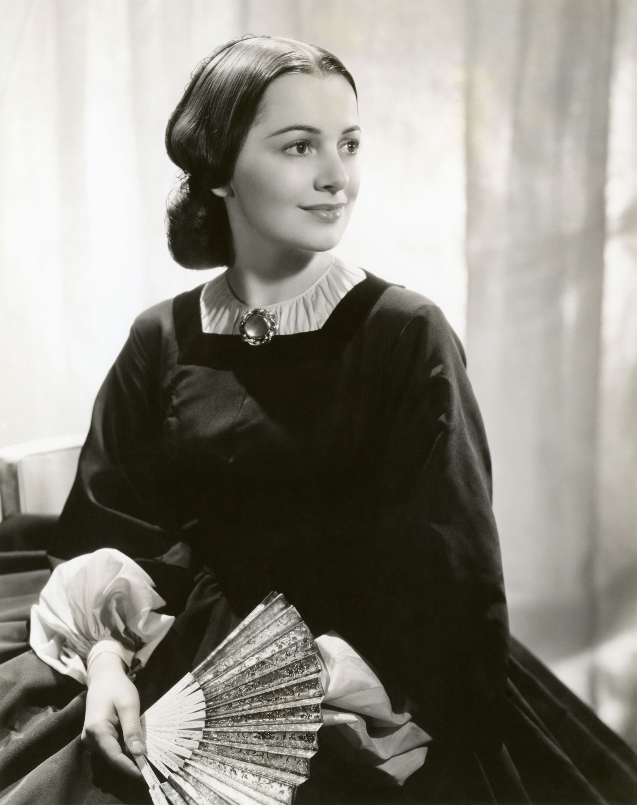 Olivia de Havilland (born 1916 (naturalized American citizen