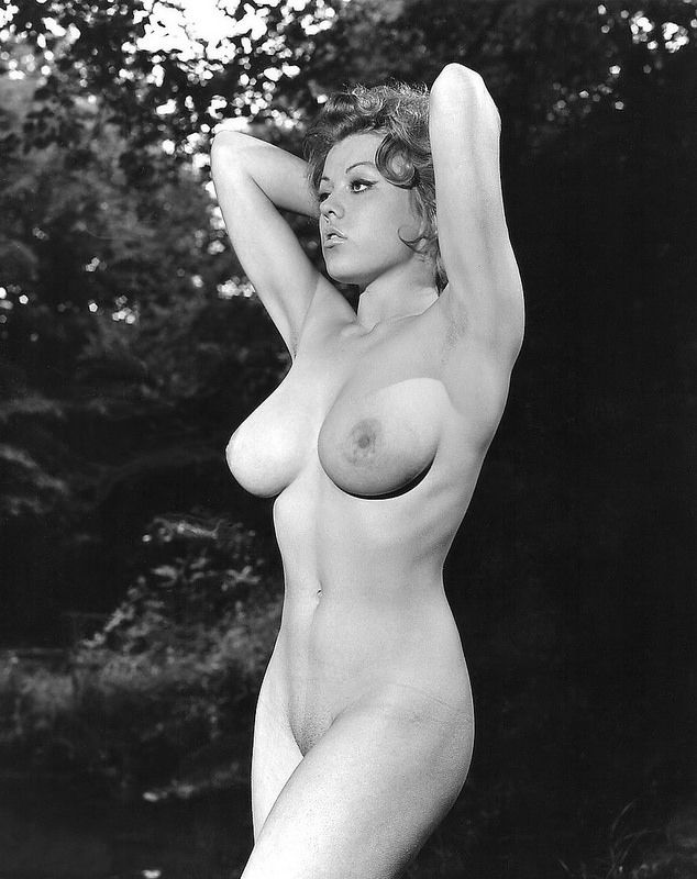 Nude big beautiful moms