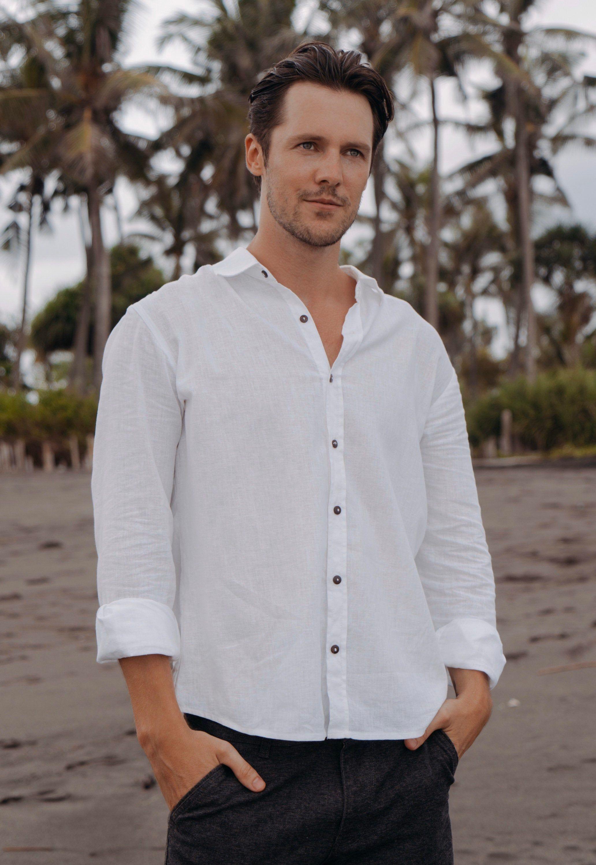 Men Linen Shirt White Collared Shirt Long Sleeve Linen Shirt Etsy In 2021 Linen Shirt Men Oxford Shirt Men Mens Shirts [ 3000 x 2064 Pixel ]