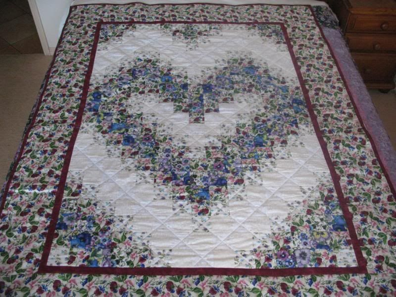 Colourwash and embroidered quilts (picture heavy!) - QUILTING | A ... : color wash quilts - Adamdwight.com