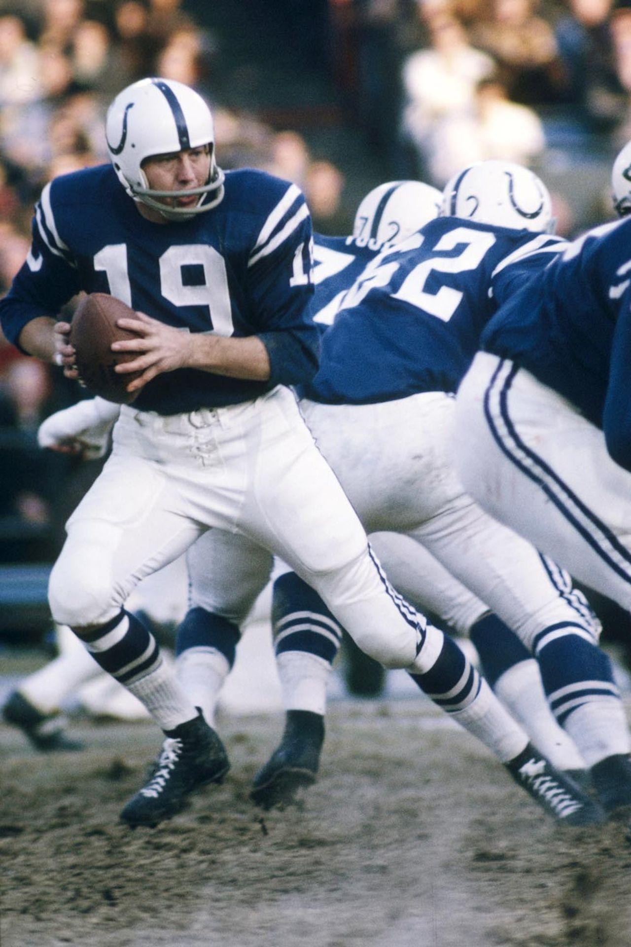 19, Johnny Unitas Colts football, Johnny unitas, Nfl season