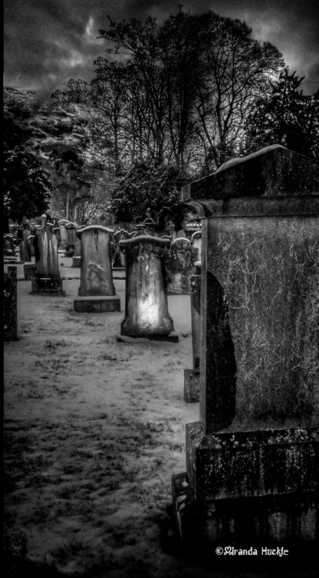 Scottish Cemetery In Winter Stirlingshire Cemetery Gravestone