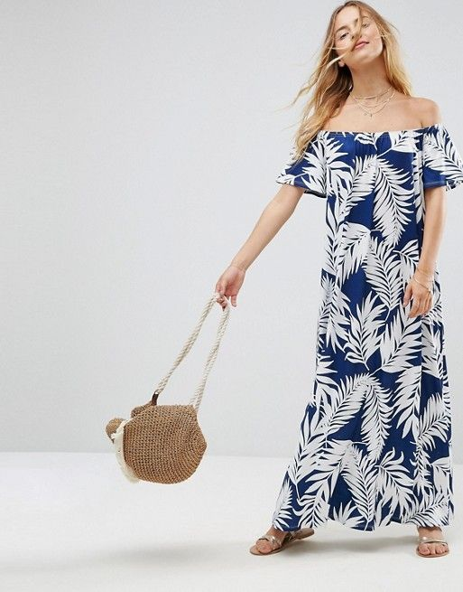 7fda9b8aeae7 ASOS - Robe d été longue à épaules dénudées et imprimé palmier - Bleu marine  33,99 €